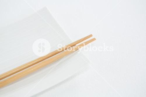 Chopstick with empty plate