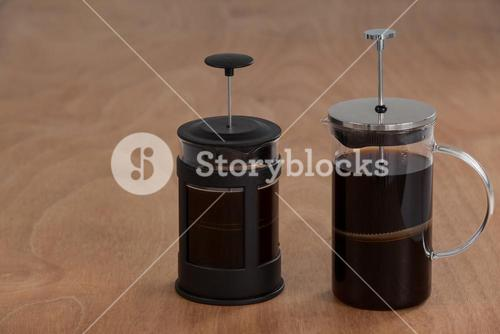 Cafetiere coffeemakers with black coffee