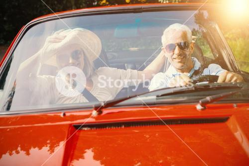 Couple doing a car trip