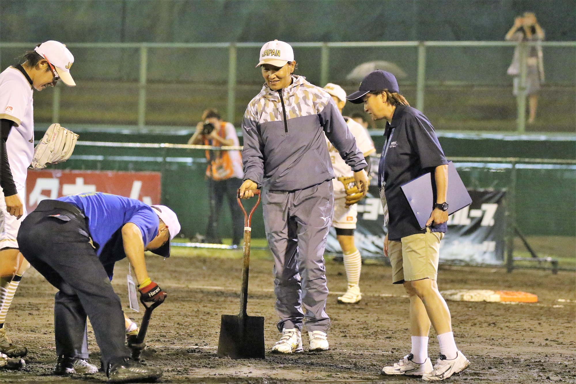 On a rainy night, mud around the rubber didn't help pitchers