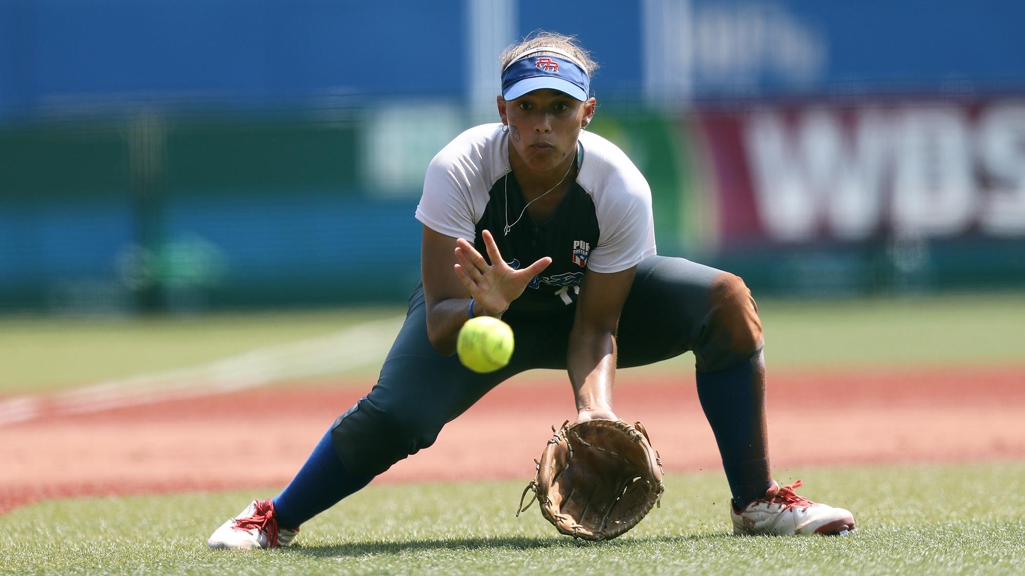 Quianna Diaz fields third for Puerto Rico