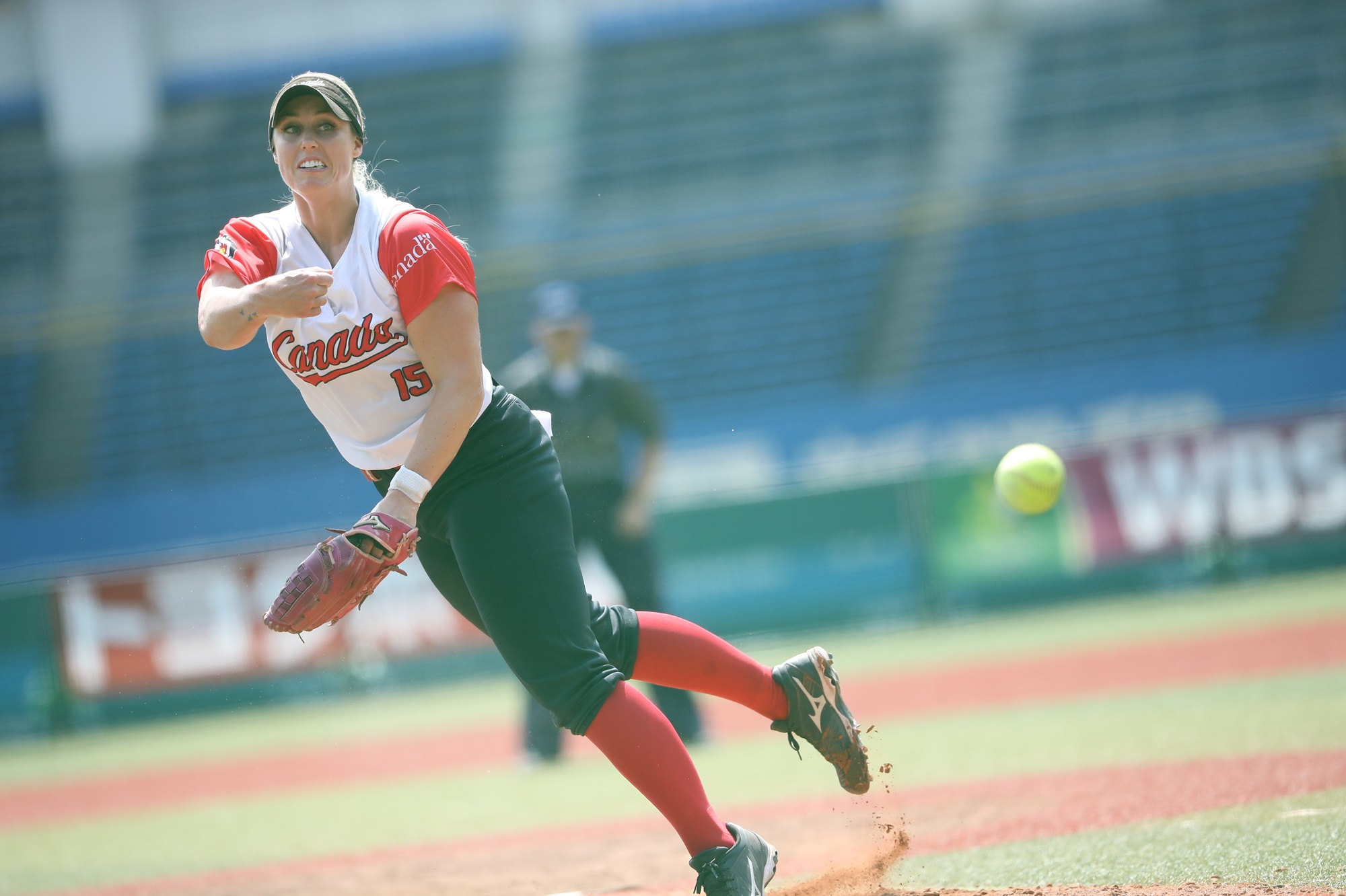 Danielle Lawrie picked the win for Canada