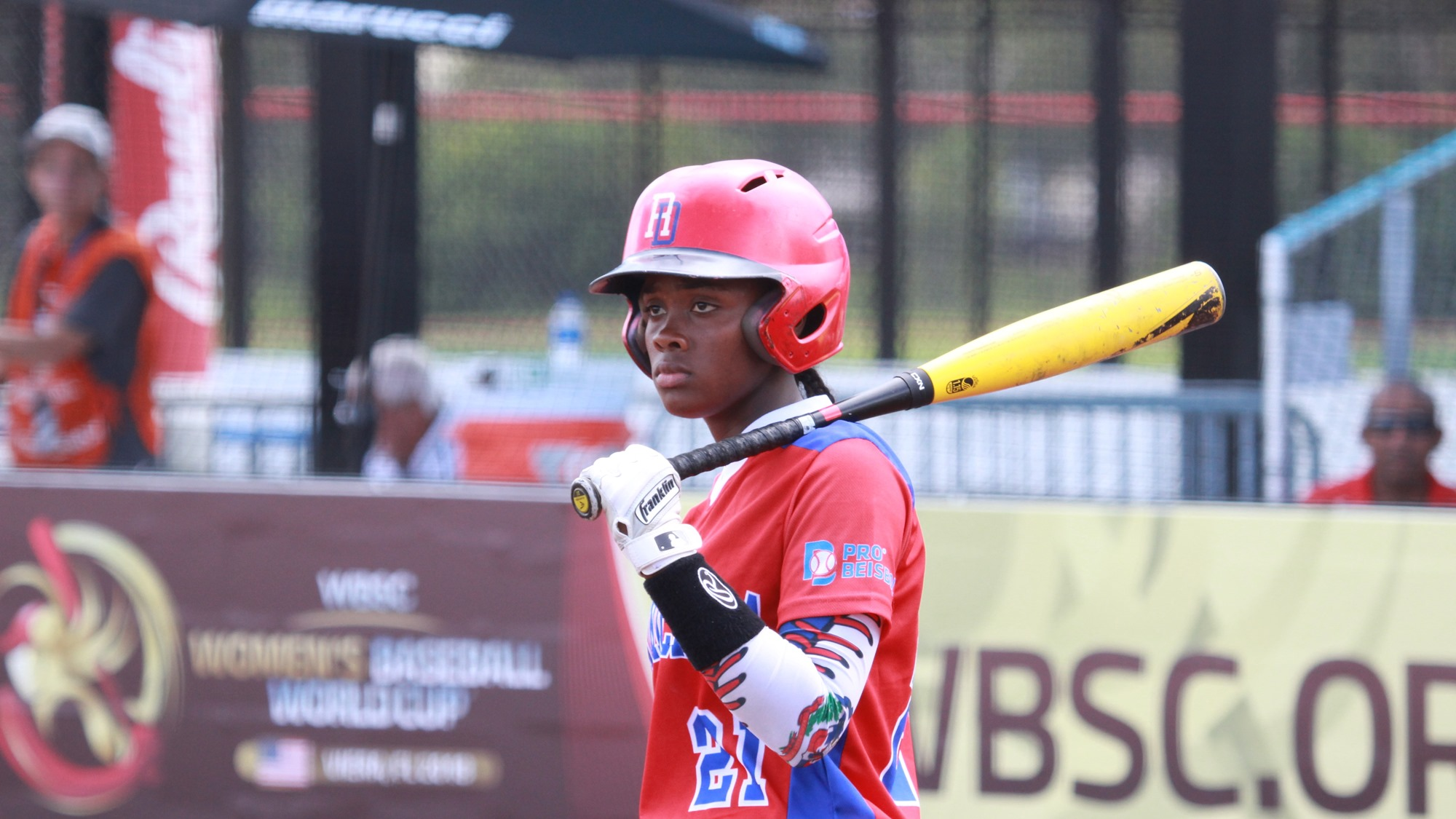 Noelia Moreno played catcher for the Dominican Republic