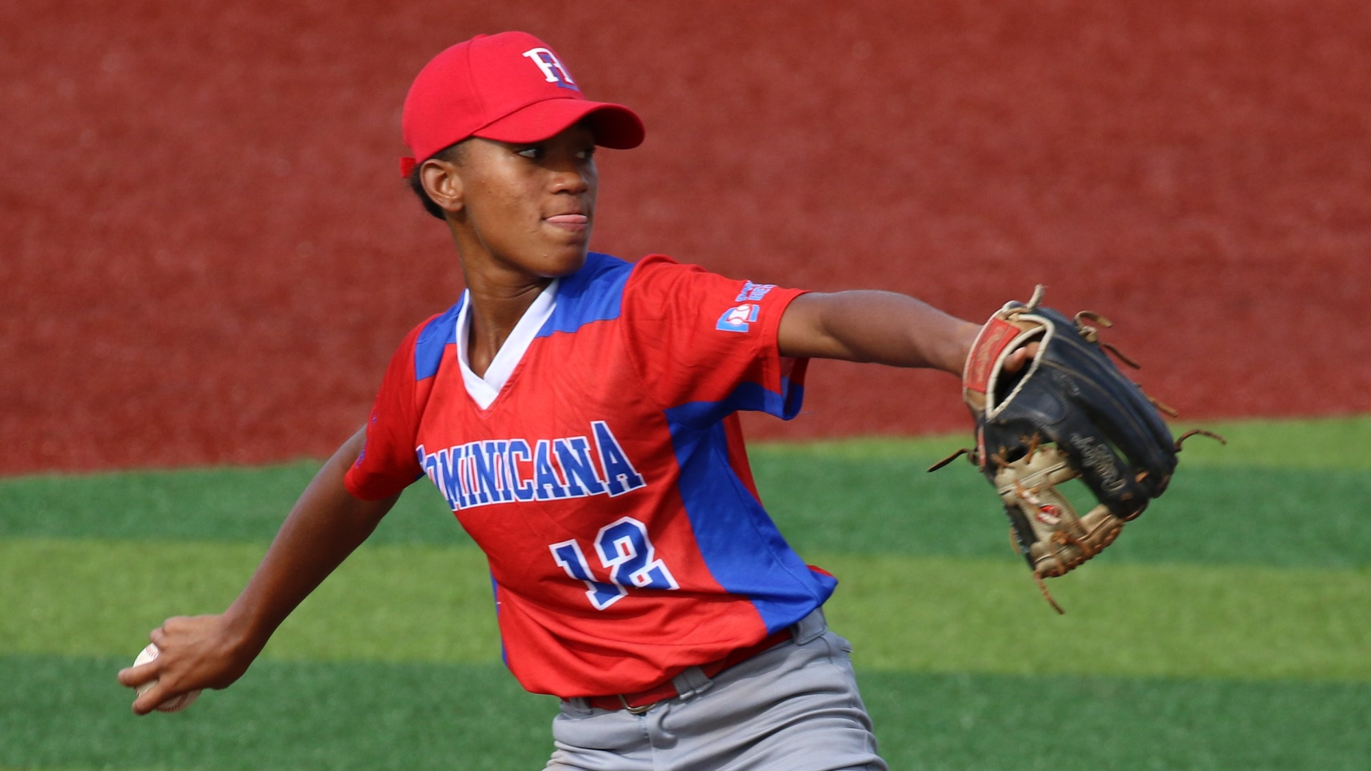 Lorena Medrano, started for the Dominican Republic