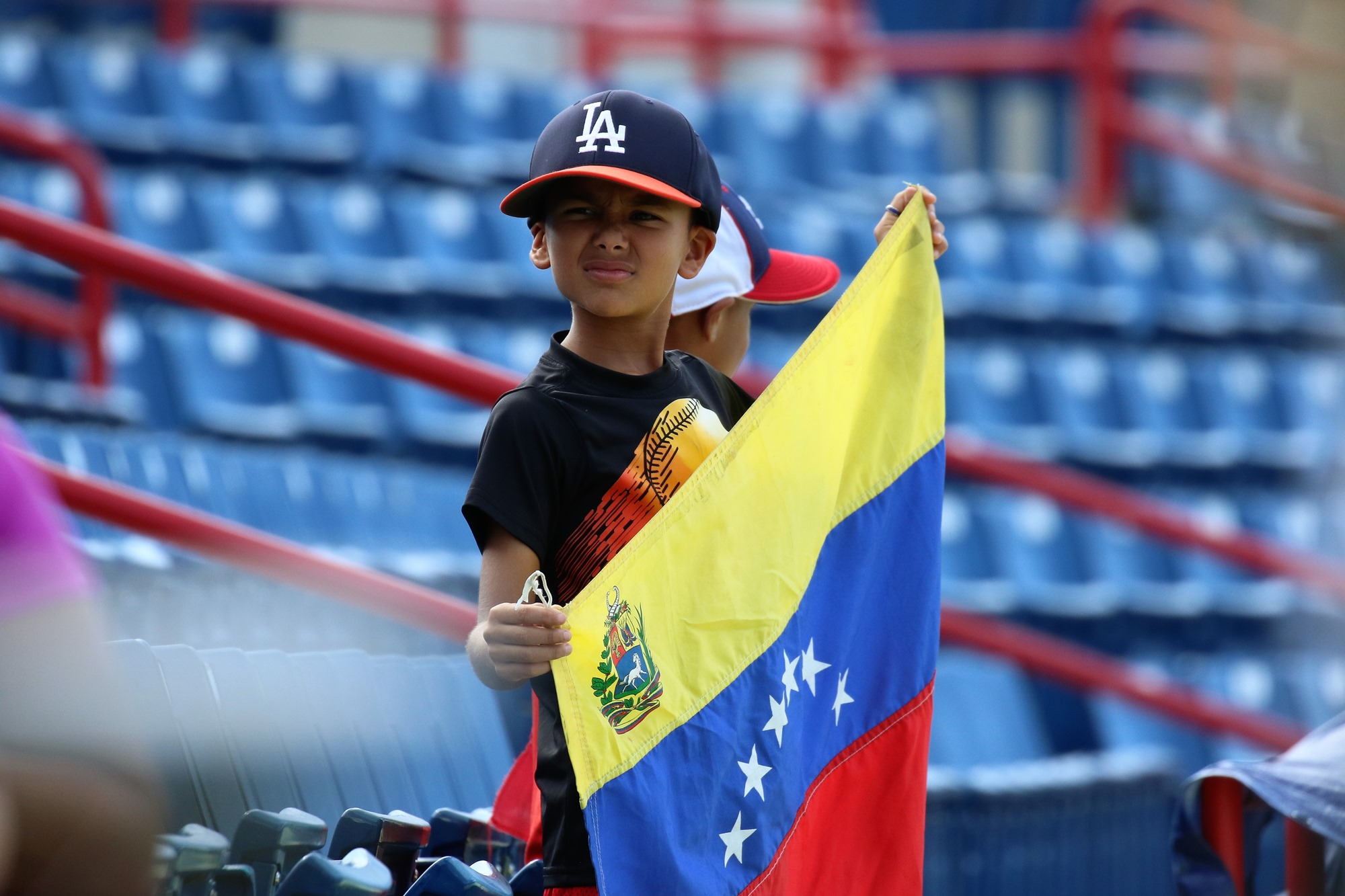 A young fan of Venezuela