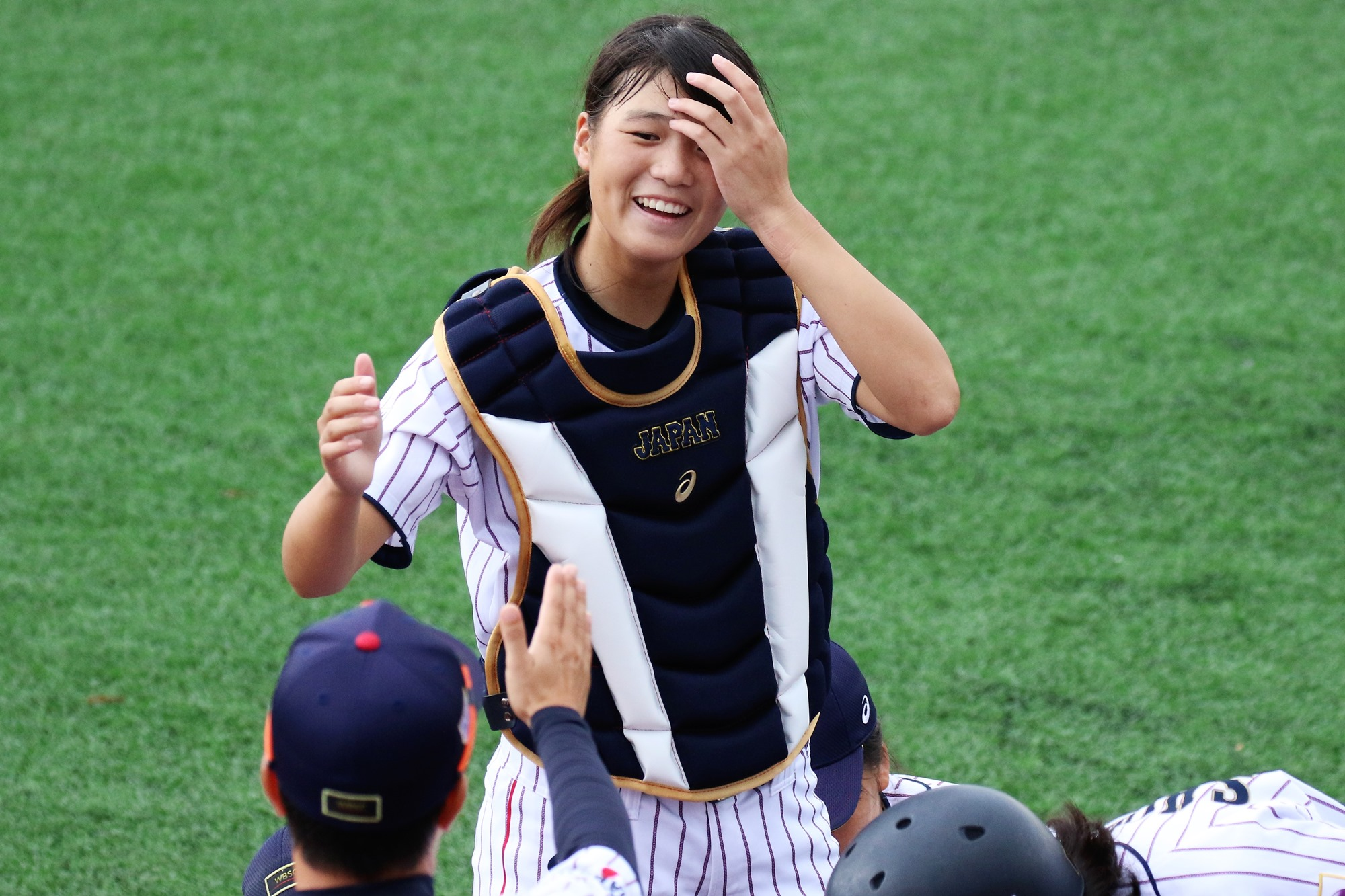 Ririka Tabata took over catching duties