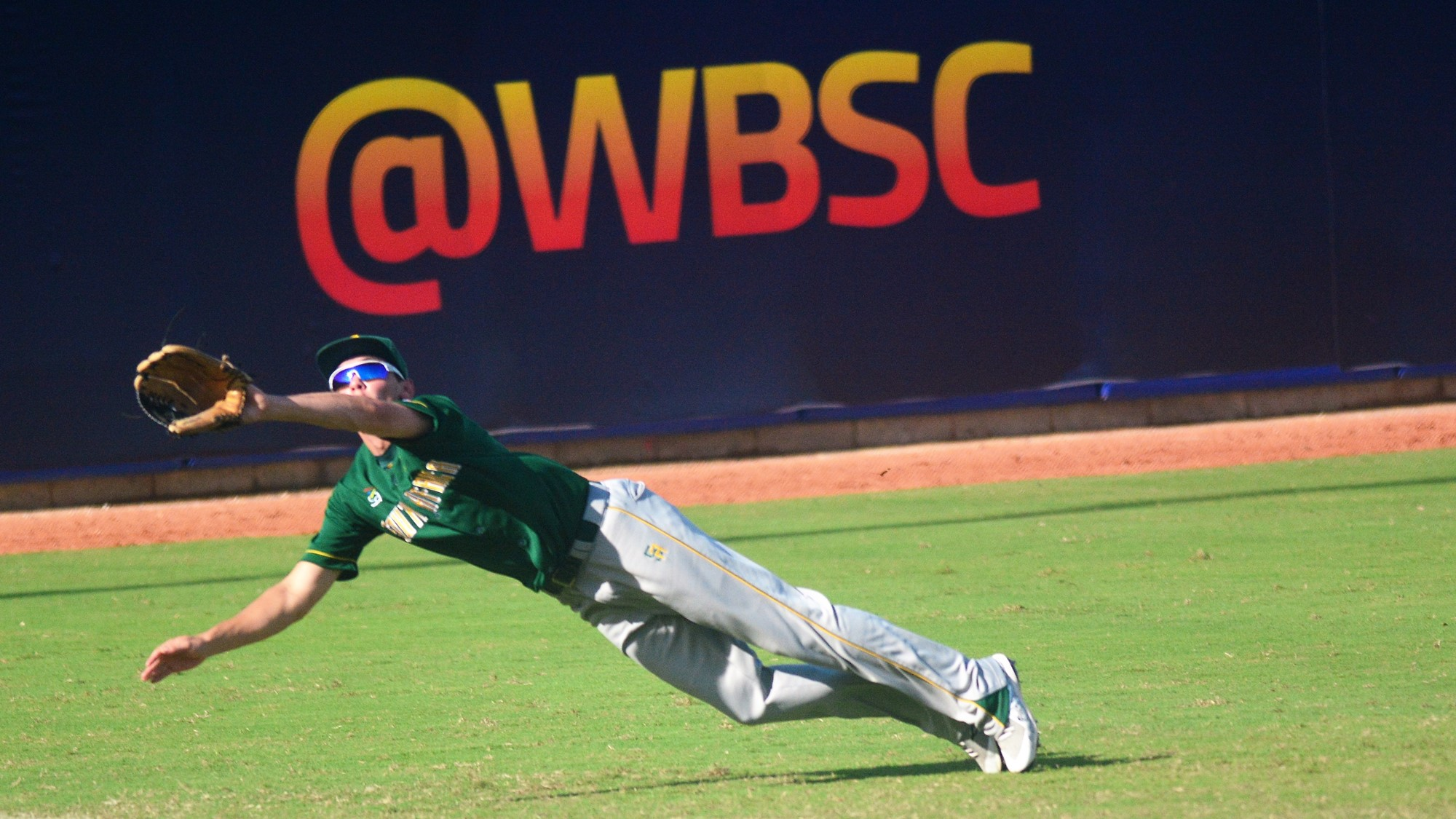 A brave attempt by South Africa left fielder Joshua Halvorsen