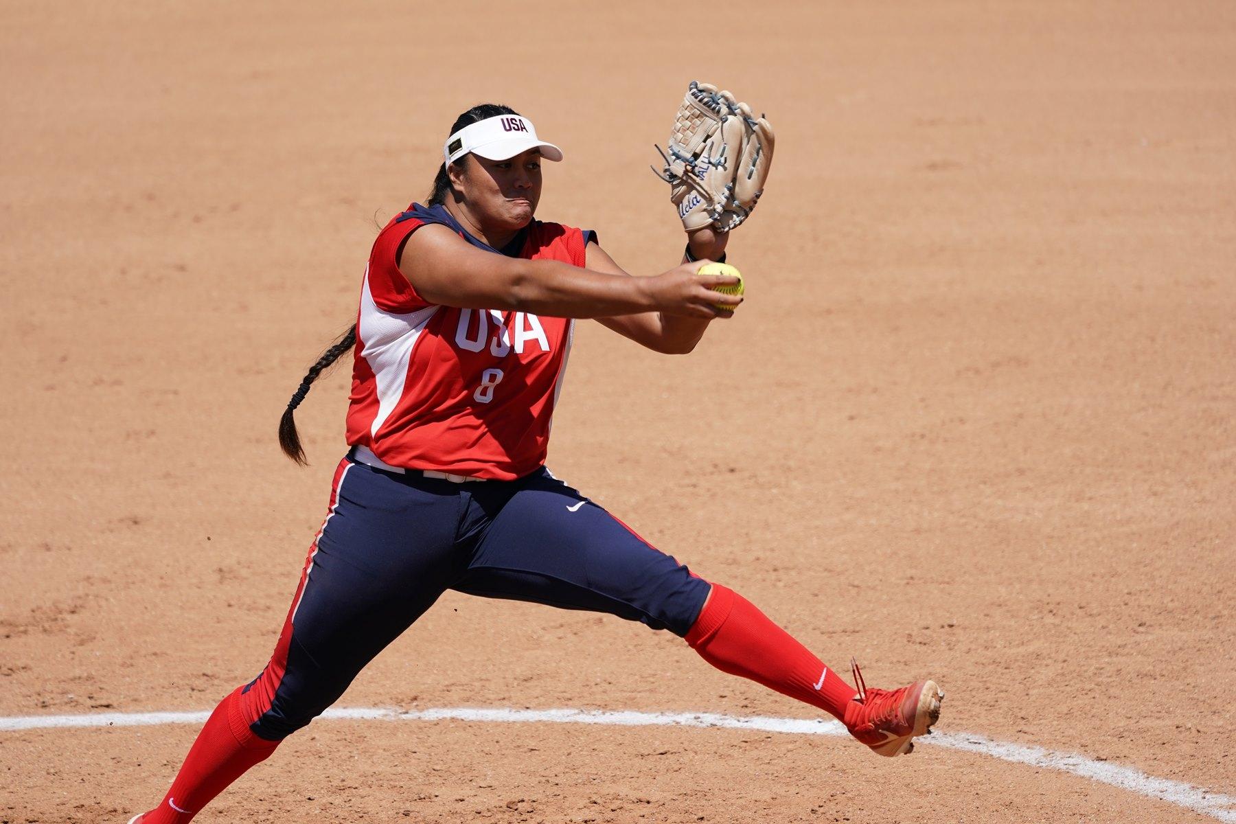USA starter Megan Faraimo