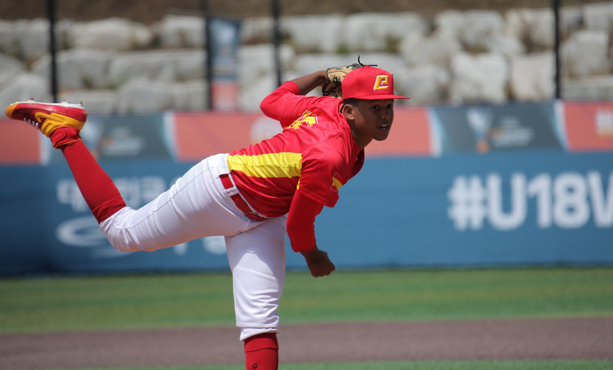 Justin Luna pitched seven strong innings for Spain
