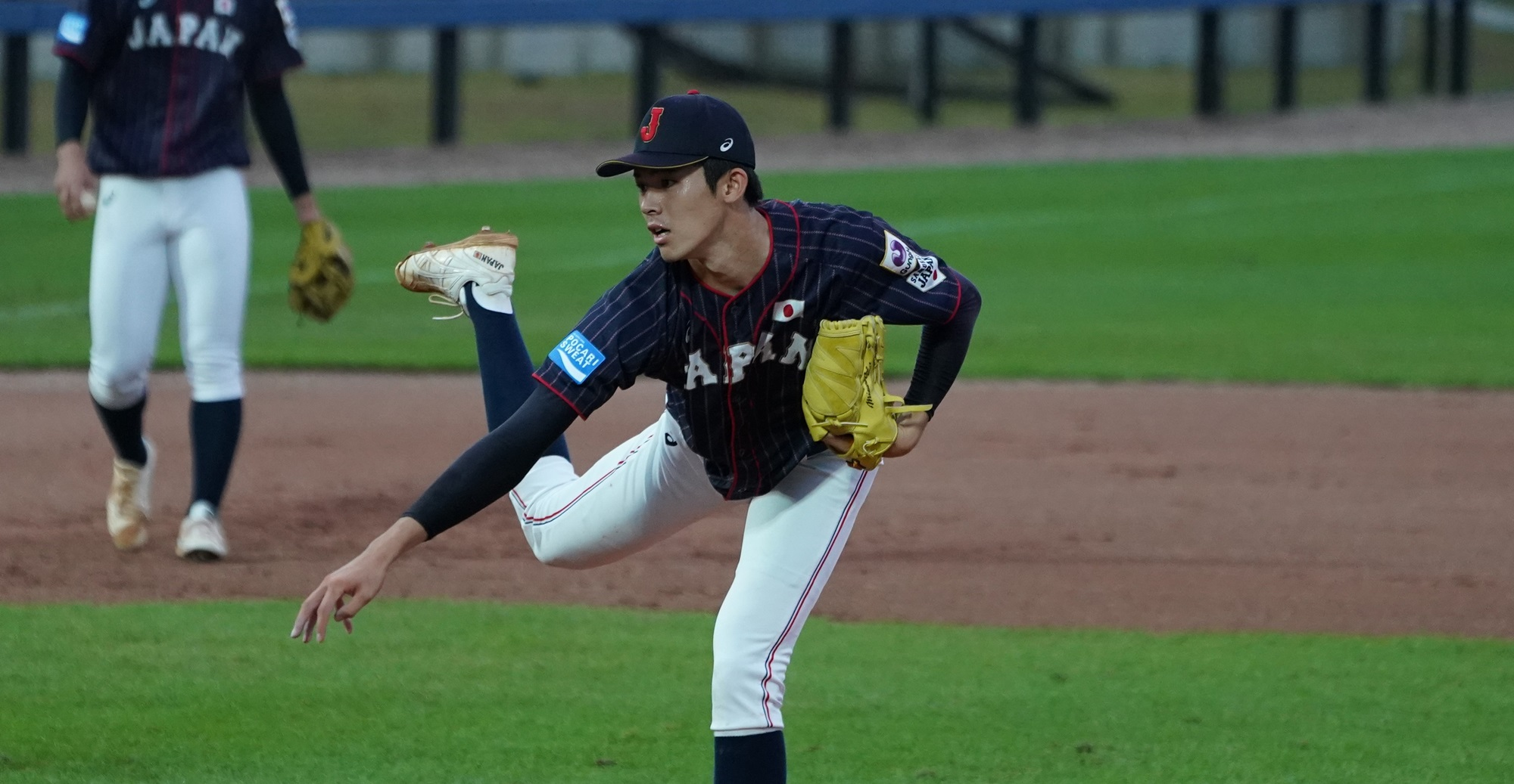 Sasaki impressed with his speed, but his game lasted one inning because of control issues