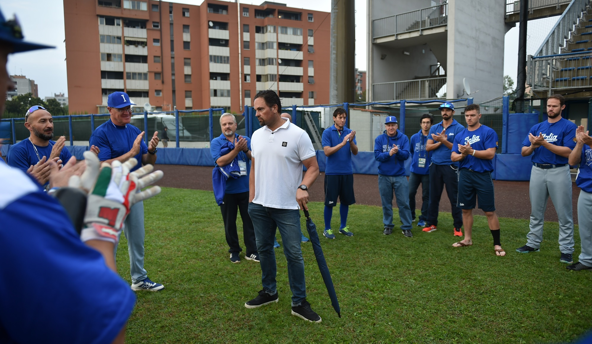 Former Italy's player and coach Mike Piazza met players and coaches before the game