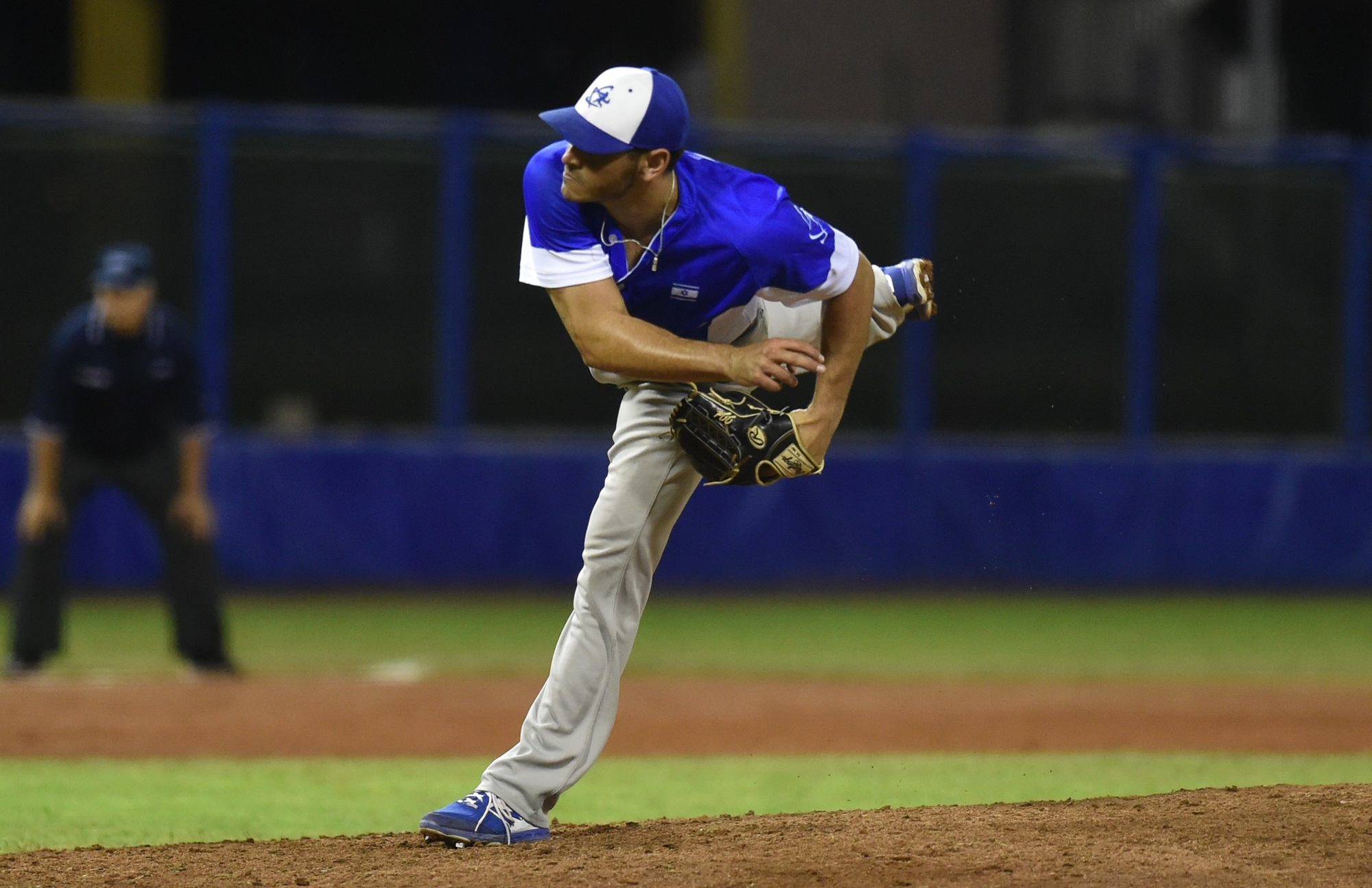 Jonathan De Marte was the third pitcher by Israel