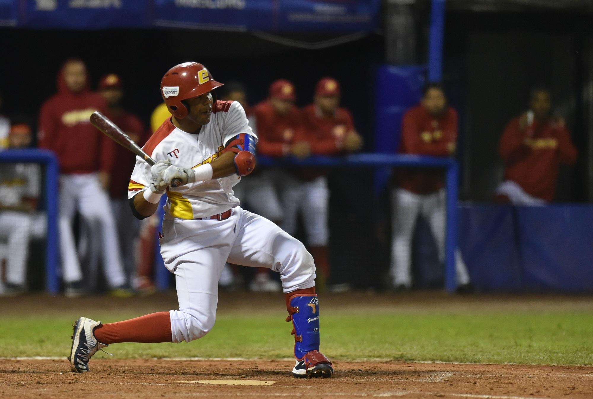 Javier Monzon at bat