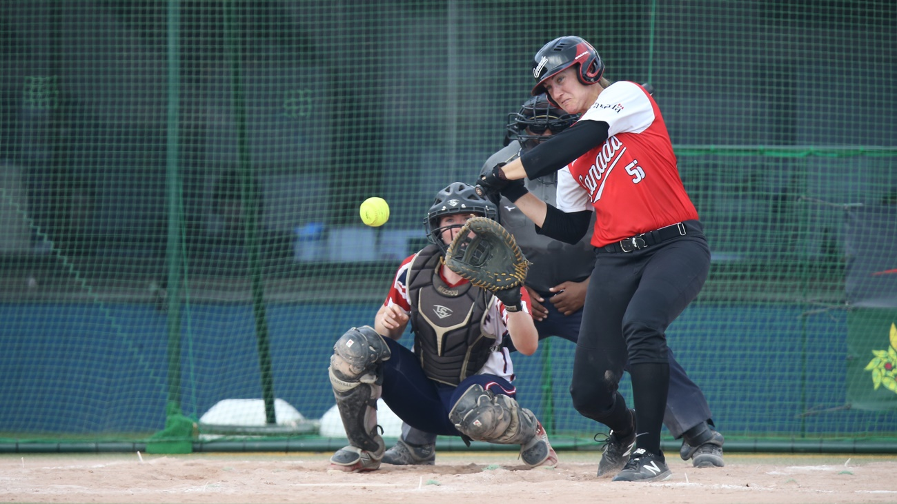 Kaleigh Rafter contributed tih 1 RBI in Canada's victory over Great Britain