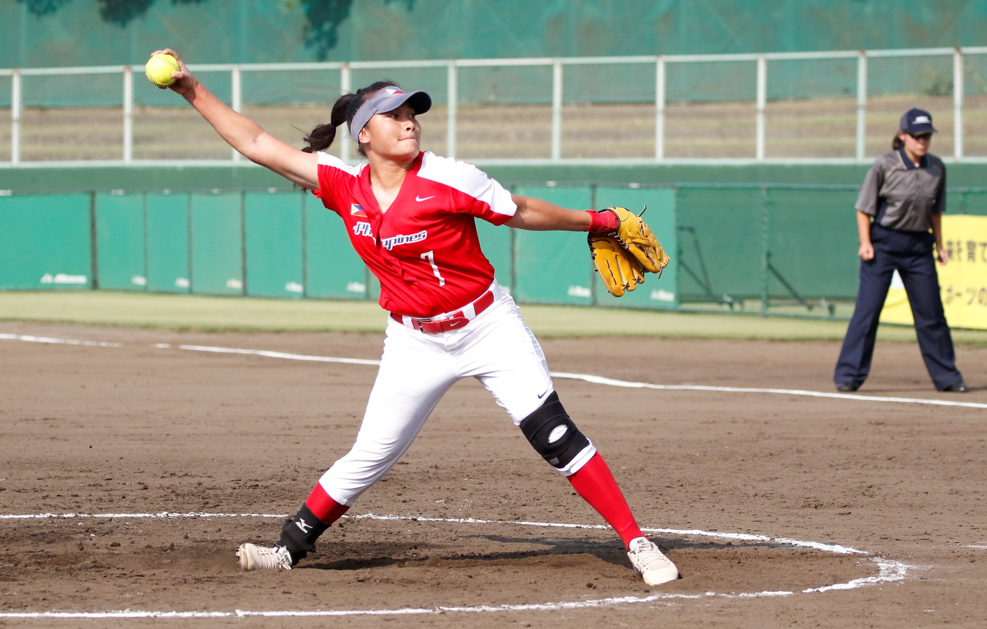 Sierra Lange pitcher for the Philippines in the debut game