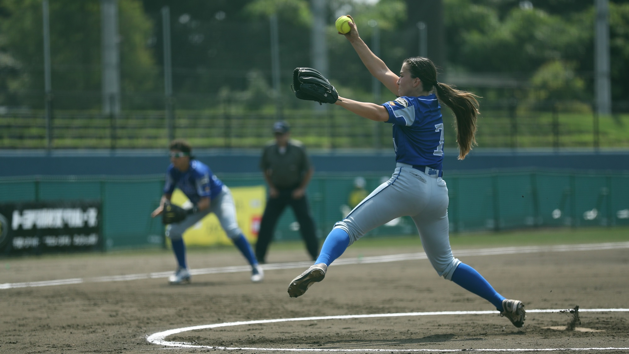 Ilaria Cacciamani took a no hitter into the fourth