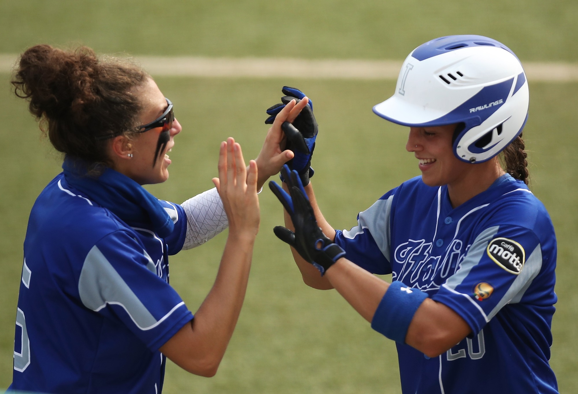 Erika Piancastelli, on the right, scored the only run