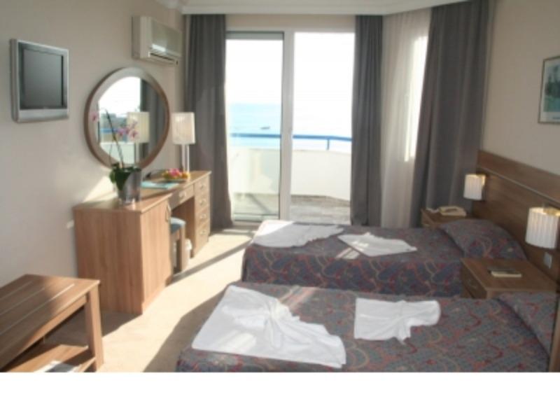 ELYSEE BEACH HOTEL15813