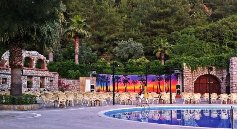 Montana Pine Resort16926