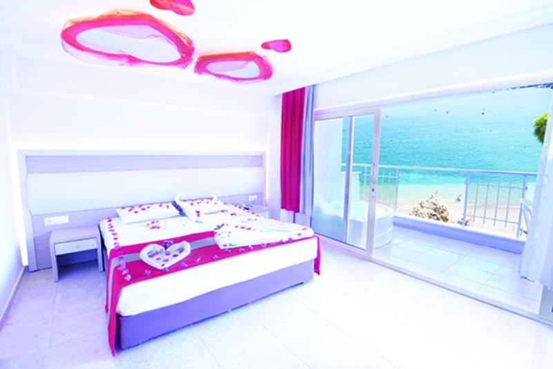 DORA BEACH TURUNÇ HOTEL21674