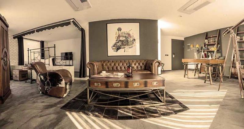 CHECK INN HOTEL/SUİTE21755