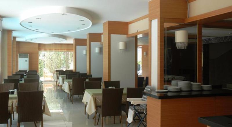 SUİTE LAGUNA HOTEL22755