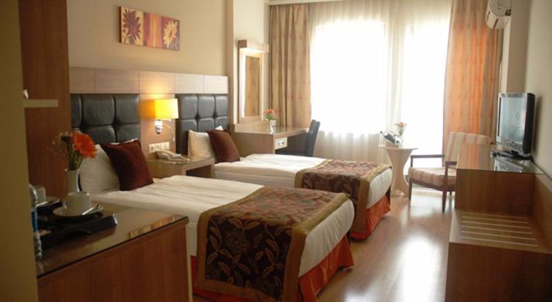 SUİTE LAGUNA HOTEL22757