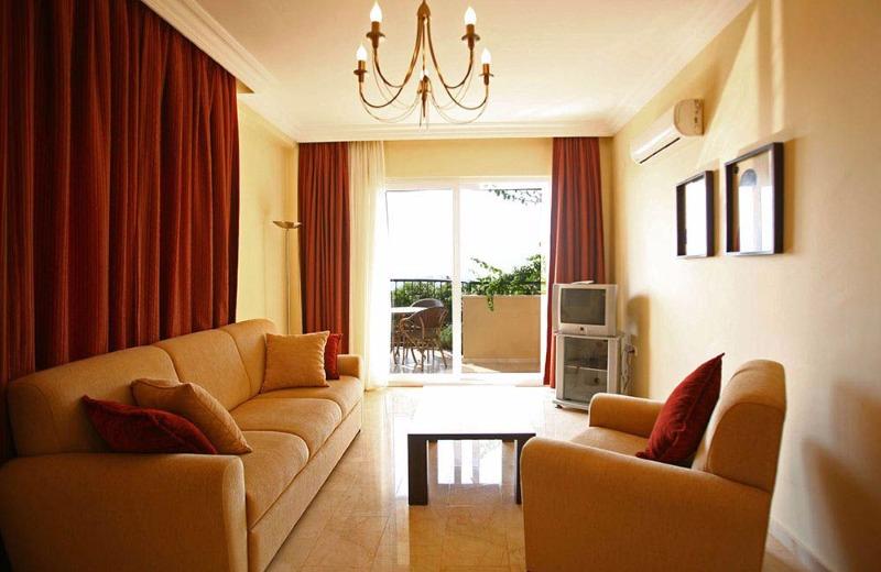 Hanneys Holidays Hotels23103