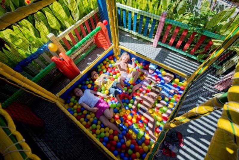 Çocuk Oyun Alanı