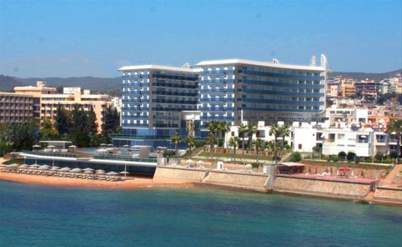 AZURA DELUXE RESORT HOTEL & SPA25268