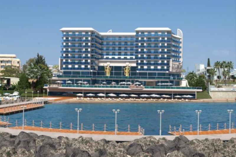 AZURA DELUXE RESORT HOTEL & SPA25270