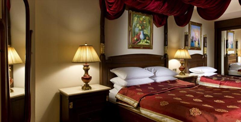 DELPHIN PALACE HOTEL28147