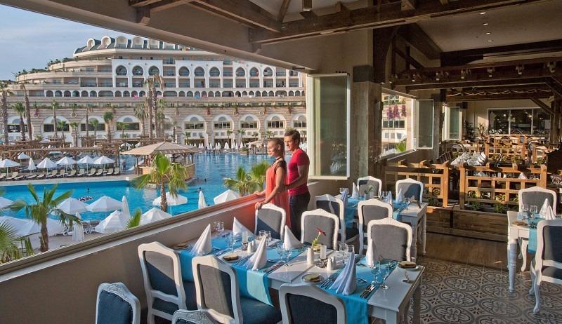 Crystal Sunset Luxury Resort30798