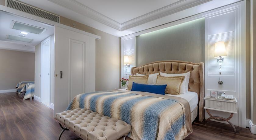 Alva Donna Exclusive Hotel  (On Request 33069