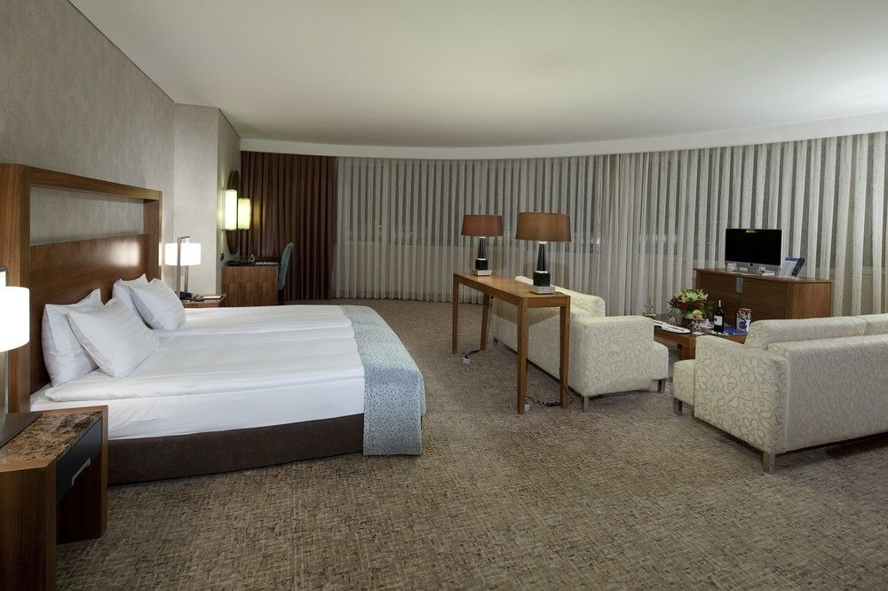DEDEMAN HOTEL KONYA ( ON REQUEST )33375