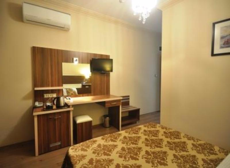 MANUELA HOTEL BİTEZ 37185