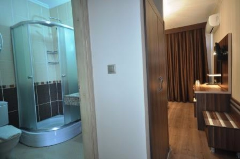 MANUELA HOTEL BİTEZ 37187