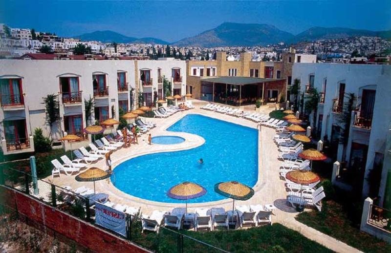 Serpina Hotel38221