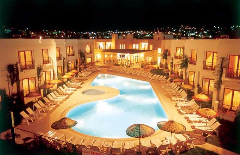 Serpina Hotel38224