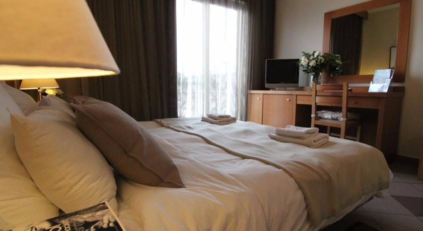 ACHILLION HOTEL ATHENS41317
