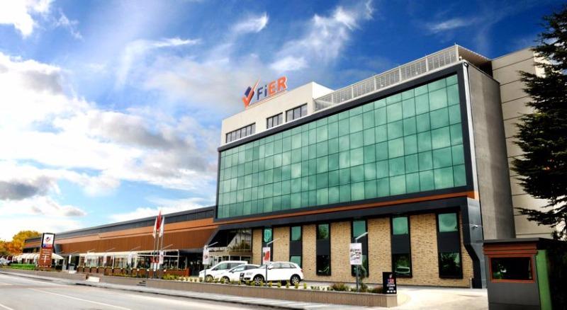 Fier Hotel42699