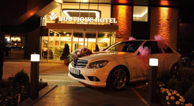 Fier Hotel42698