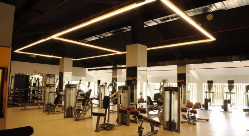 Fier Hotel42706