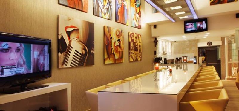 Jazz Hotel42725