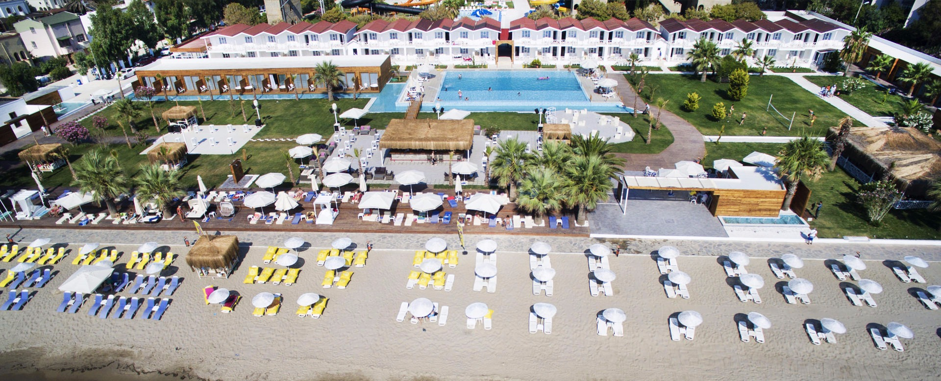 Risus Aqua Beach Resort44053