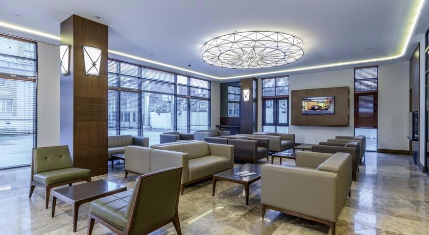Nearport Hotel57812