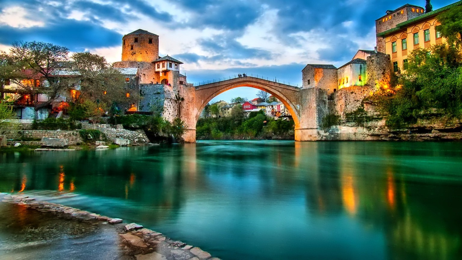 FLASH PROMOSYON BAŞTANBAŞA BALKANLAR ( Vizesiz ) Sırbistan - Bosna – Karadağ – Arnavutluk - Makedonya  Belgrad - Saraybosna – Mostar – Trebinje – İşkodra – Tiran – Ohrid – Üsküp Pegasus Havayolları Tarifeli seferi ile… 17 Nisan, 01, 15, 29 Mayıs, 12, 26 Haziran, 10, 24 Temmuz,  07, 21 Ağustos, 04, 18 Eylül, 02, 16 Ekim 2016 Hareket 7 Gece 8 Gün Tour