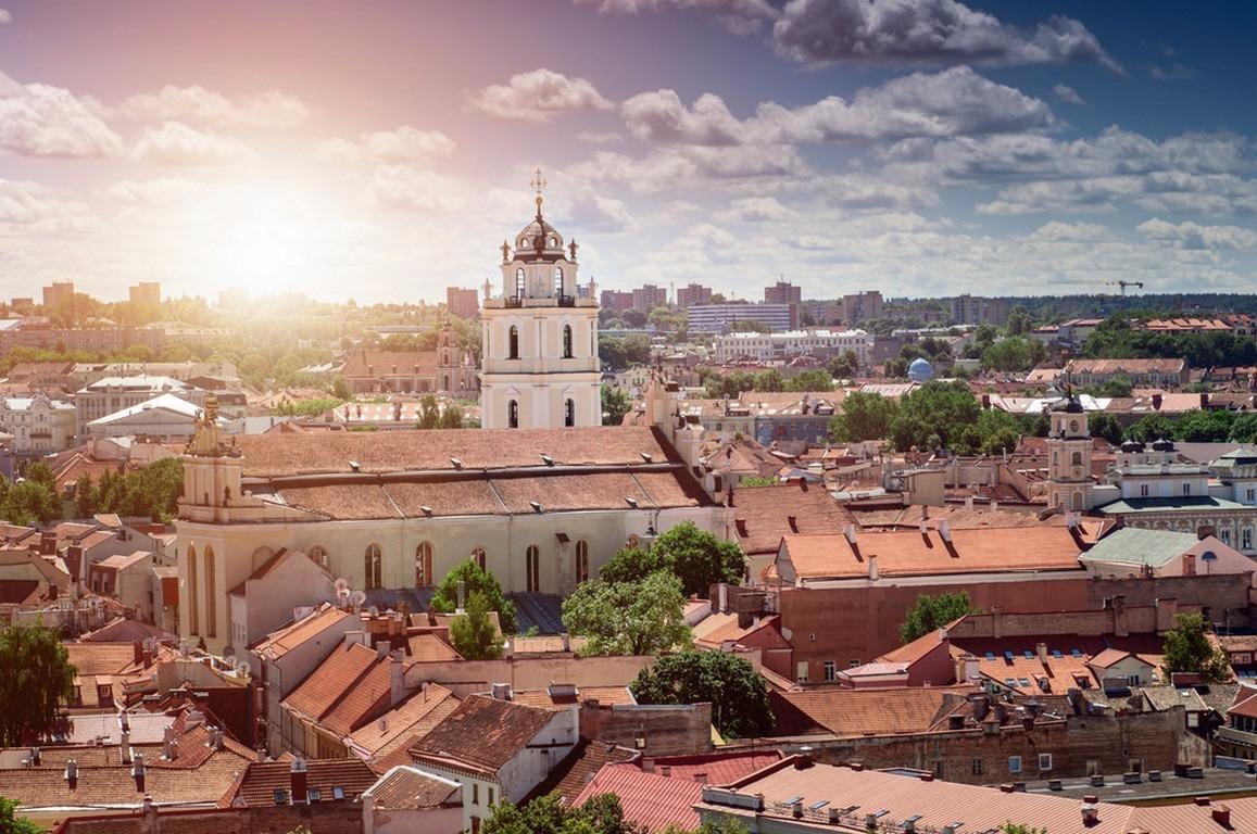 ŞEKER BAYRAMI POLONYA & BALTIKLAR & HELSİNKİ Viyana - Krakow (2) & Varşova (1) & Vilnius (1) & Riga (2) & Tallinn - Helsinki (1) Türk Havayolları Tarifeli Seferi ile 05 Temmuz 2016 Hareket … 7 Gece Turu