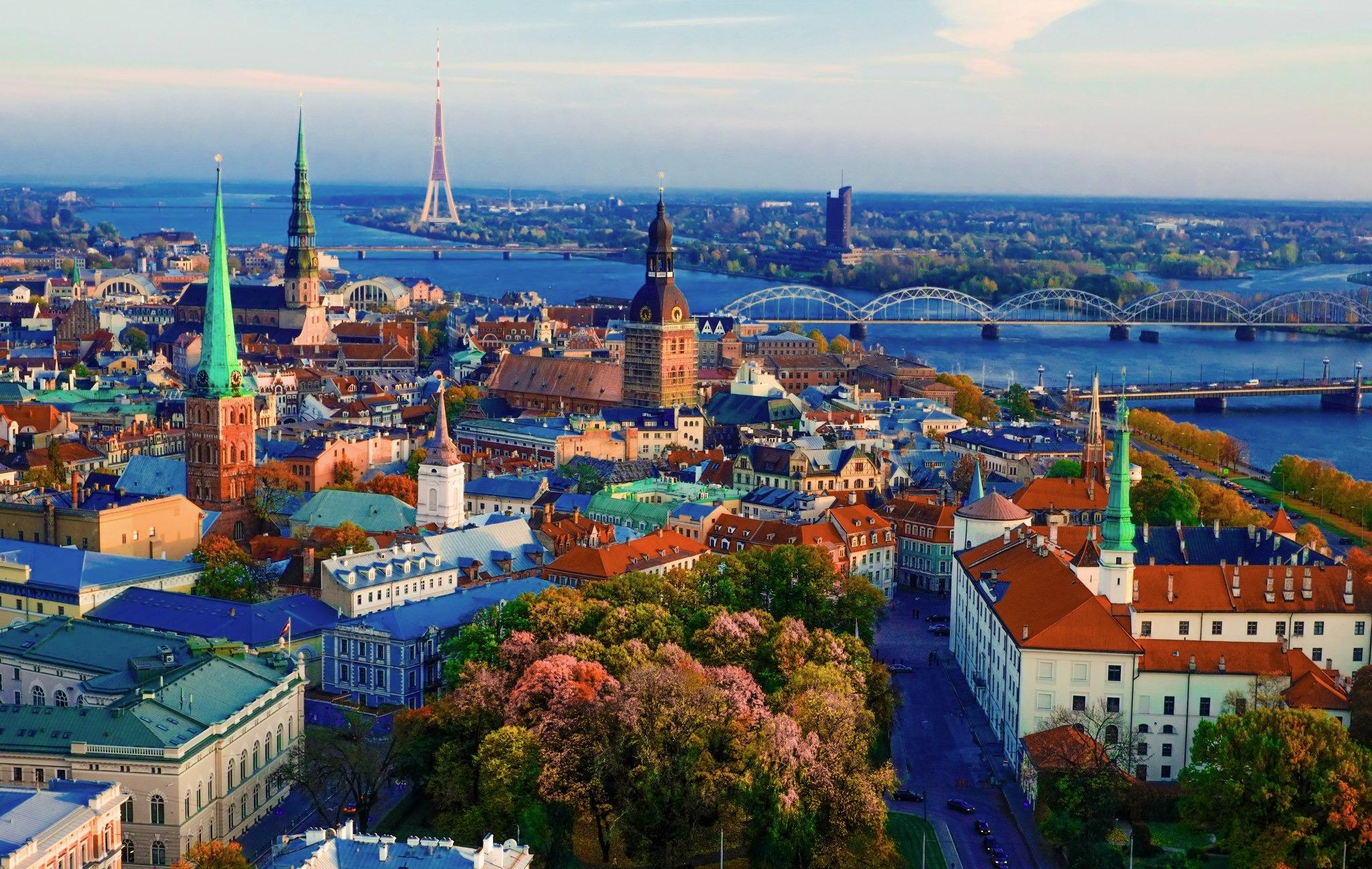 YAZ DÖNEMİ POLONYA & BALTIKLAR & HELSİNKİ Helsinki (1) & Tallinn - Riga (2) & Vilnius (1) & Varşova (1) & Krakow (2) – Viyana  Türk Havayolları Tarifeli Seferi ile 07 Ağustos 2016 Hareket … 7 Gece Turu