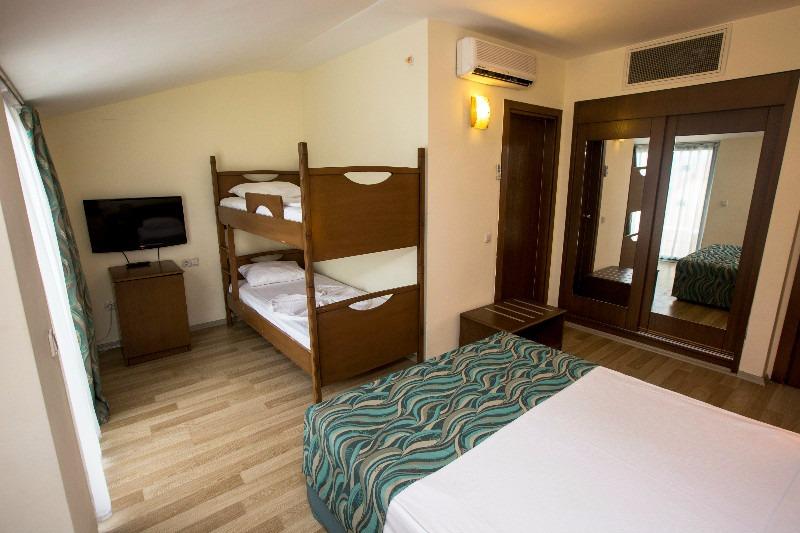 Dosi Hotel72137